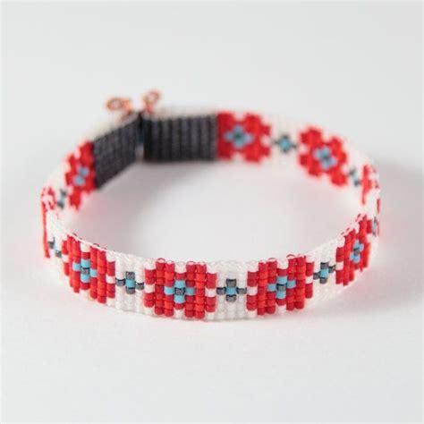 flower bead loom patterns 25 unique bead loom bracelets ideas on bead