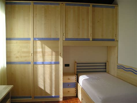 armadio cameretta progettazione e realizzazione armadi per camerette