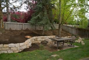 Sloped Backyard Retaining Wall » Simple Home Design