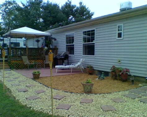backyard mobile home landscaping area landscaping ideas for mobile homes pictures