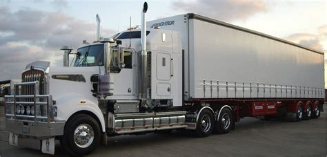 interstate refrigerated transport australia amoroso transport transport services local