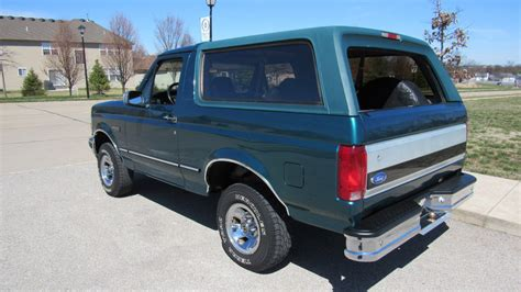 how cars engines work 1996 ford bronco electronic valve timing 1996 ford bronco xlt 5 8l automatic mecum auctions