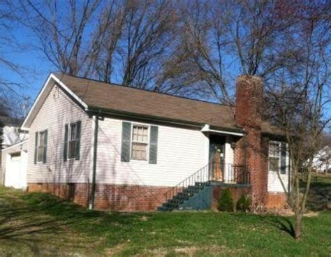 Houses For Sale In Maryville Tn by 2027 Bittle Rd Maryville Tn 37804 Reo Home Details