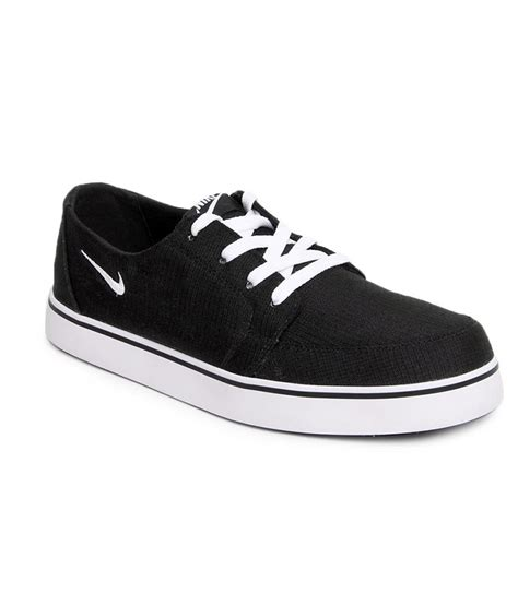 black nike sneakers mens nike black sneaker shoes buy nike black sneaker shoes