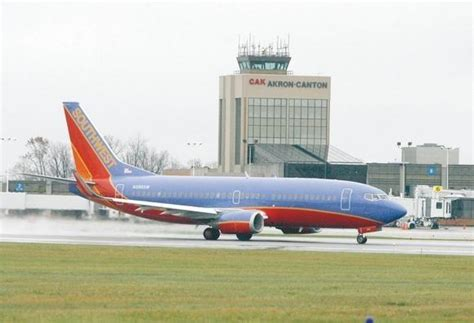 southwest airlines   akron canton airport service