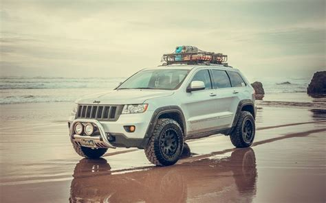 jeep grand srt8 lifted 17 best ideas about jeep grand on