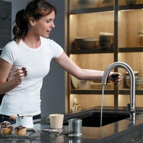 Sensate Kitchen Faucet by Sensate Touchless Kitchen Faucet 187 Petagadget