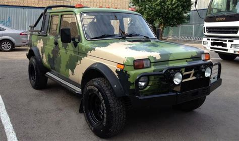 lada frontale a led lada niva 4x4 the most unassuming school road suv