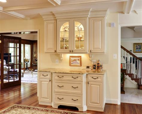 Wall Colors For Kitchens With White Cabinets by Elegant French Country Kitchen Traditional Kitchen