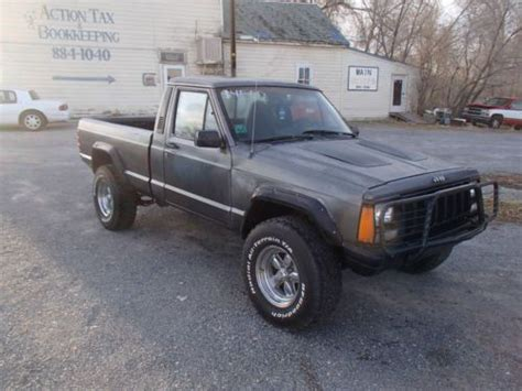 jeep comanche 4x4 sell used jeep comanche 4x4 4 0 6 cyl 5 speed rock