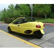 トライクファクトリーのブログ 低価格で低燃費:普通車に見える2人乗り3輪バイク『EMC3』