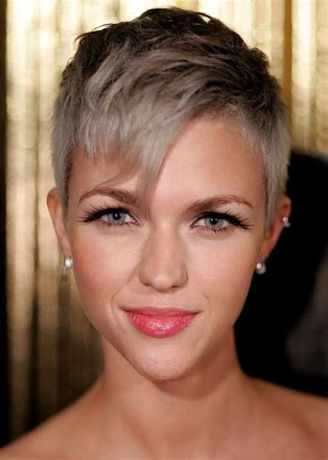 pictures of short easy hairstyles non celebrity 35 best pixie hair colors images on pinterest pixie