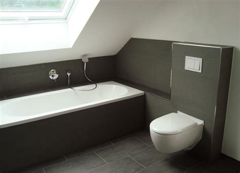badezimmer lüftung badezimmer moderne badezimmer dachschr 228 ge moderne