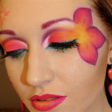 Eyeliner Flower 17 best images about flower makeup on illusions and pink flowers