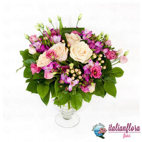 e fiori vendita bouquet di roselline avorio e fiori rosa