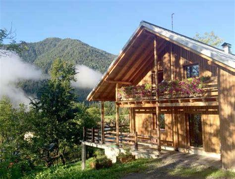 casa nel bosco casa nel bosco un sogno concretizzato casa naturale