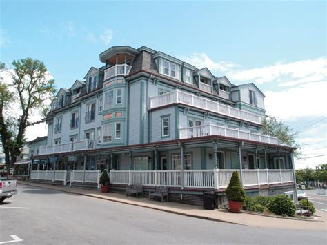 mansion house mv mansion house renovations include a facelift and new rooms the martha s vineyard times