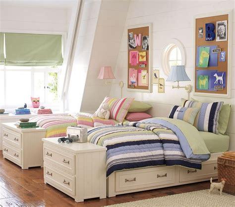 boy and girl love in bedroom дизайн детской комнаты для двух детей фото этотдом