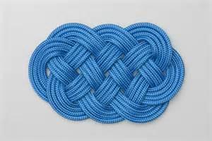Decorative Knot - plait mat how to tie an plait mat