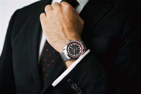 Jam Tangan Wanita Fm 8 5 kesalahan umum dalam mengenakan jam tangan 103 8 fm