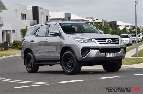 For Toyota 2016 Toyota Fortuner Gx Review Performancedrive
