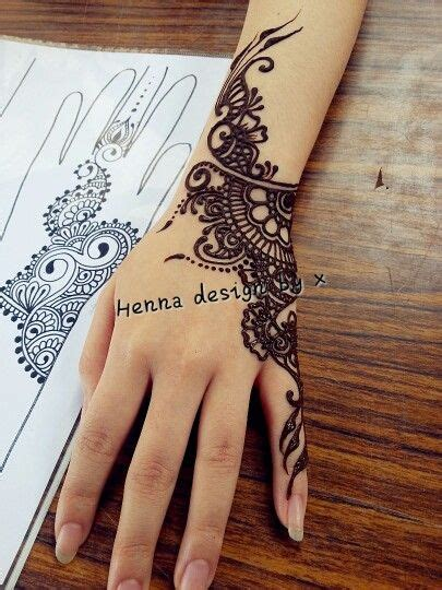side henna tattoos henna that focuses on one side of the