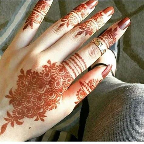 athennaahmar instagram henna designs modern mehndi