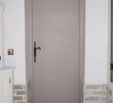 cuisine cach馥 par des portes porte de cuisine par virginie p vdi d 233 co