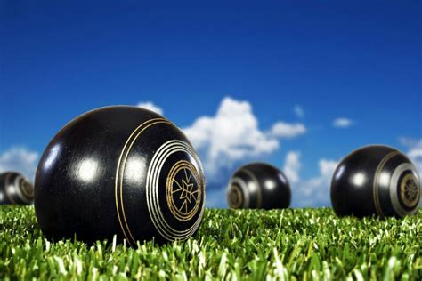 Types Of Medals Lawn Bowls Trophies Medals And Awards Allsportsawards