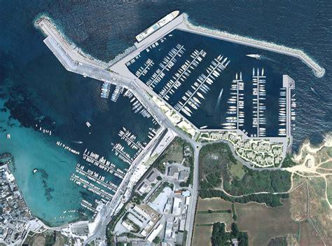porto di otranto il nuovo porto di otranto un oltraggio alla storia