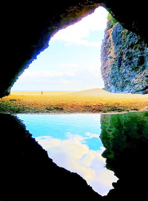 kalalau beach cave kauai hawaii totaly outdoors