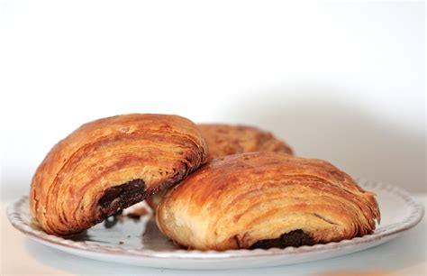 Croissant Coklat chocolate croissants innbrooklyn