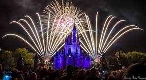 new years disney walt disney world s magic kingdom fireworks to broadcast