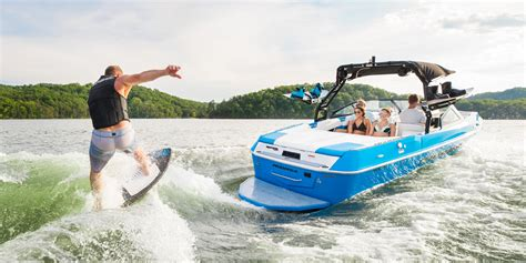 boat brands that begin with c moomba boats south austin marine