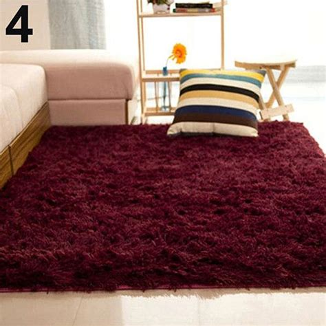 Fluffy Bedroom Rugs by 25 Best Ideas About Fluffy Rug On White