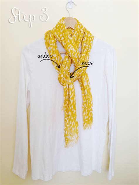 a simply pretty way to tie a scarf one thing by jillee