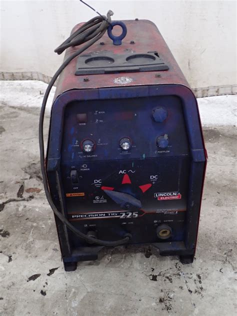 225 lincoln electric pr 274898 for sale used