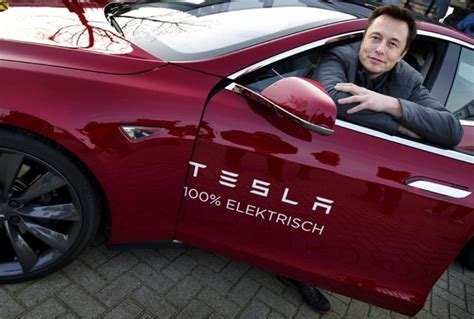 Tesla Motors Musk Apple Acquisitions Chief Tesla Ceo Elon Musk Held Meeting