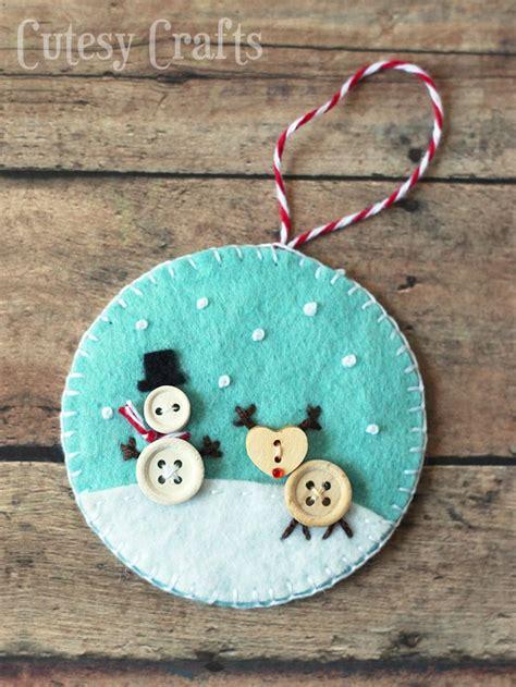 button  felt diy christmas ornaments cutesy crafts