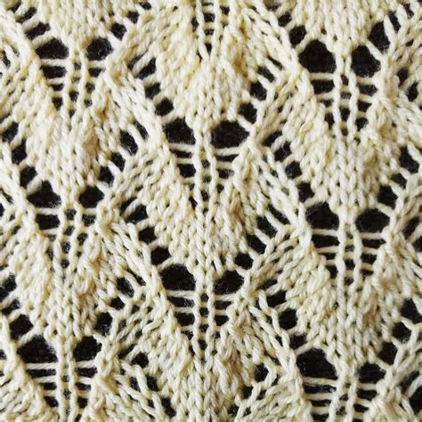 knitting lace stitches winged lace stitch purl avenue