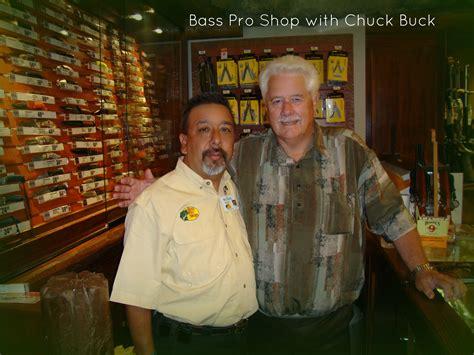 chuck and buck michael our aquarist meet chuck buck of buck knives reef