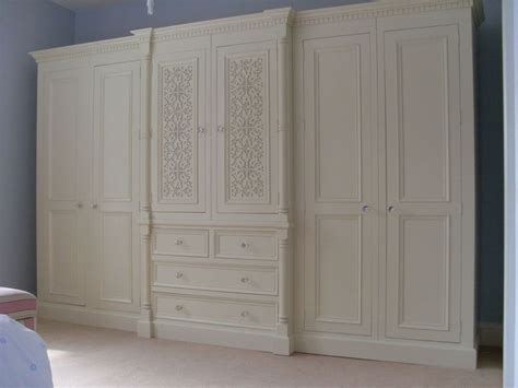 White Pine Wardrobes by Best 25 Pine Wardrobe Ideas Only On Painting