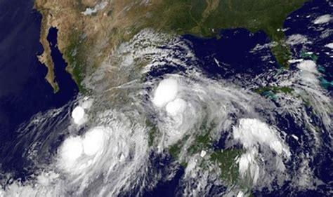imagenes satelitales del huracan wilma m 233 xico m 225 s de treinta muertos por ciclones tropicales