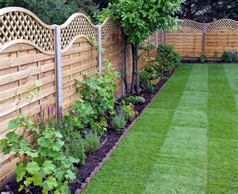 Garden Fencing Ideas Uk Wooden Garden Fencing Ideas Acacia Gardens