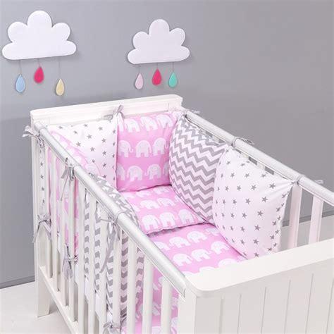 tour de lit coussins modulables avec parure de lit b 233 b 233