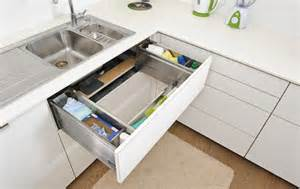 Kitchen Sink Pull Out Drawer Pin By Catherine Albo On Casa Gir 243 N