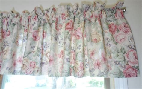 shabby curtains top 28 shabby chic curtains and valances curtain rose