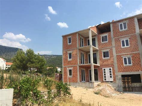 brac appartamenti croazia brac tre appartamenti in vendita