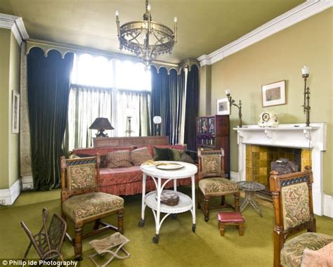 artist house a 163 1 3 million time warp in artists row daily mail