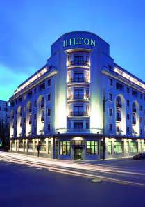 Hton Inn Staying Relevant In The Digital Age Incitrio